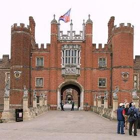 Central Moves Twickenham Hampton Court
