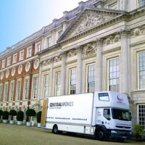 Removal company for Hampton Court