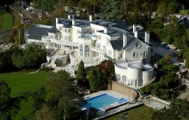 Celebrity house in Oxshott Surrey